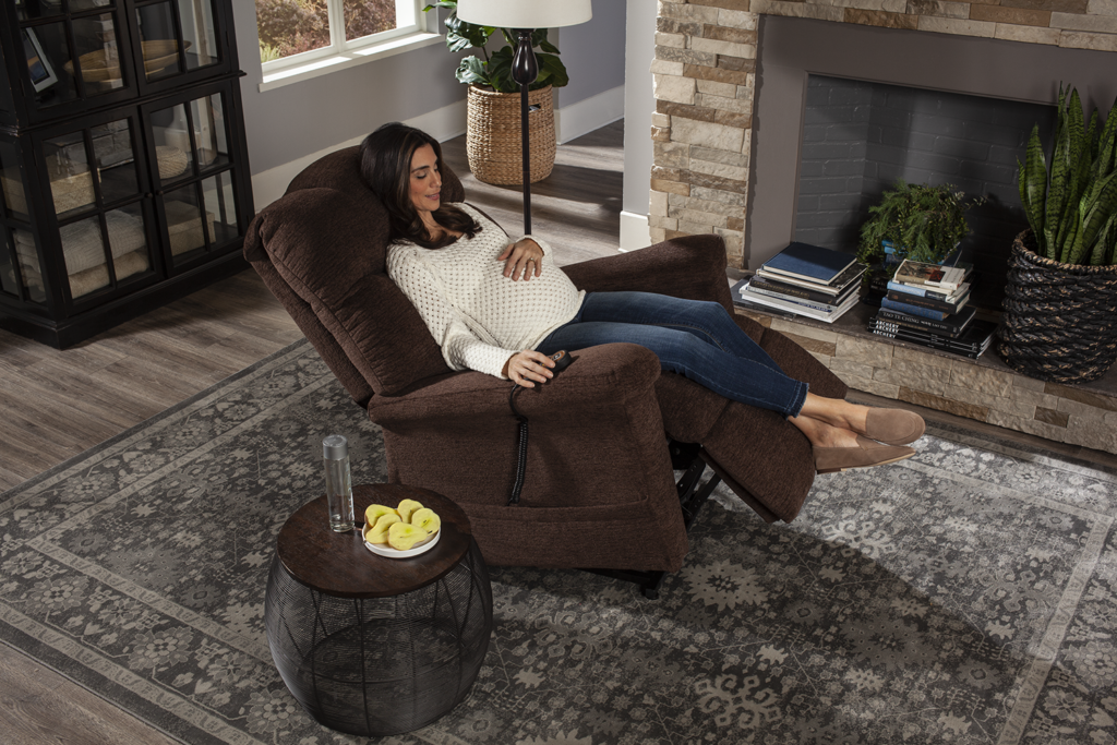Golden Power Lift Chair Recliner is Perfect Maternity Chair